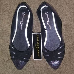 NWT women's sparkly✨slip on flat shoes size 7